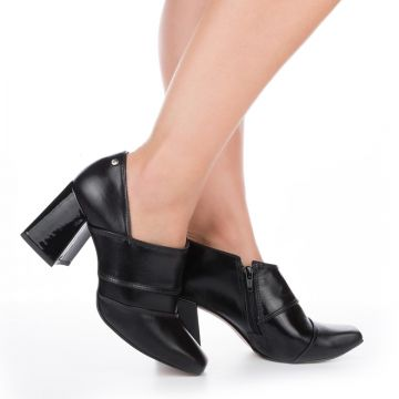 Ankle Boot Tanara Salto Bloco Preto - Dakota