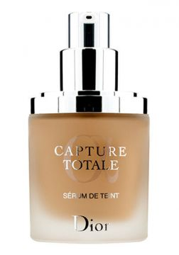 Base Capture Totale Triple Correcting Serum Foundation - Dio